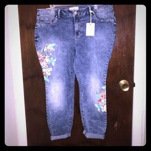 Jessica Simpson skinny ankle jeans Size 18